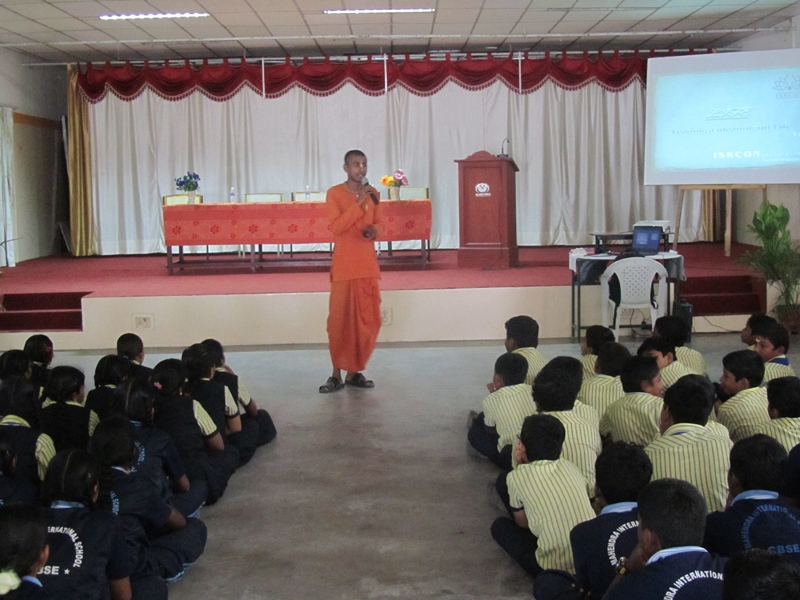 Iskcon Discourse for Students and  Maths Expo Vist
